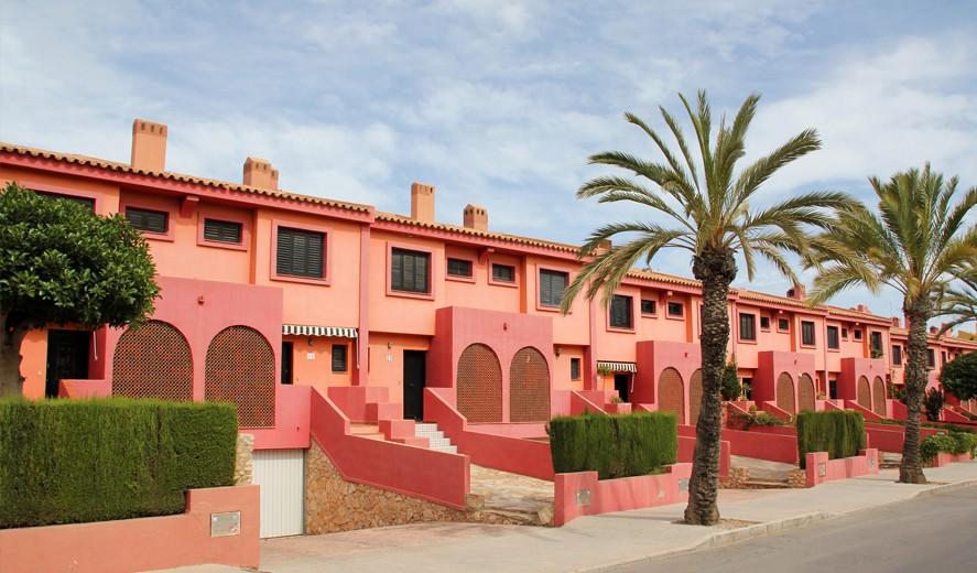 Долгосрочная резиденция в Испании, продление пятилетней резиденции