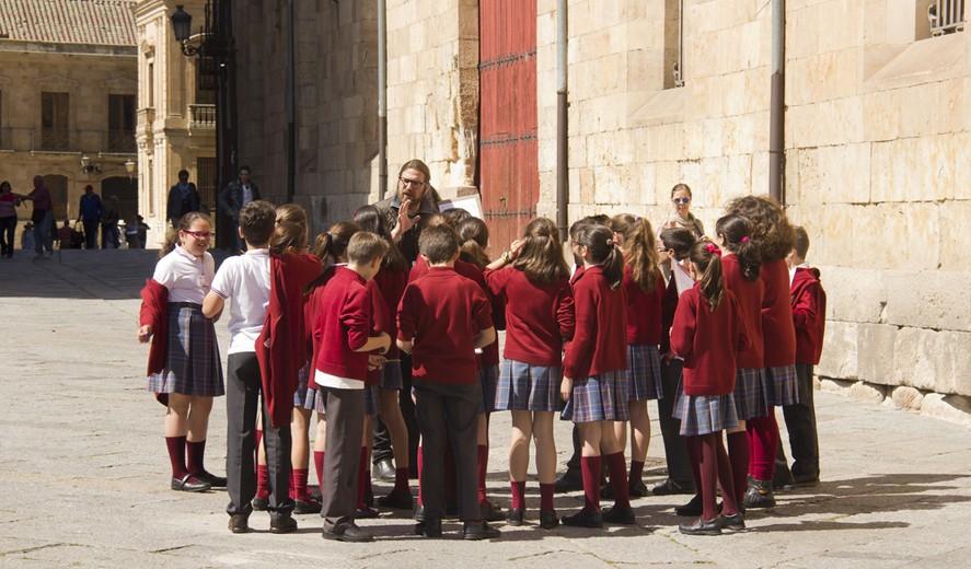 Картинки по запросу iii language школа испания