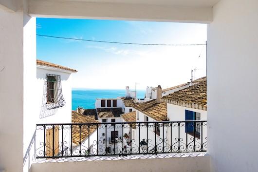 Sale of houses in Spain