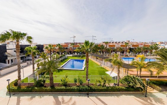 Buy cheap bungalows in Spain
