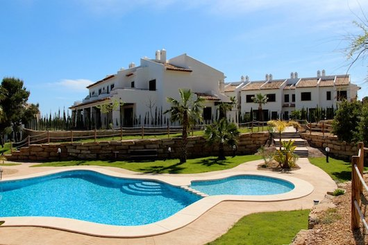 Buy a villa in Finestrat