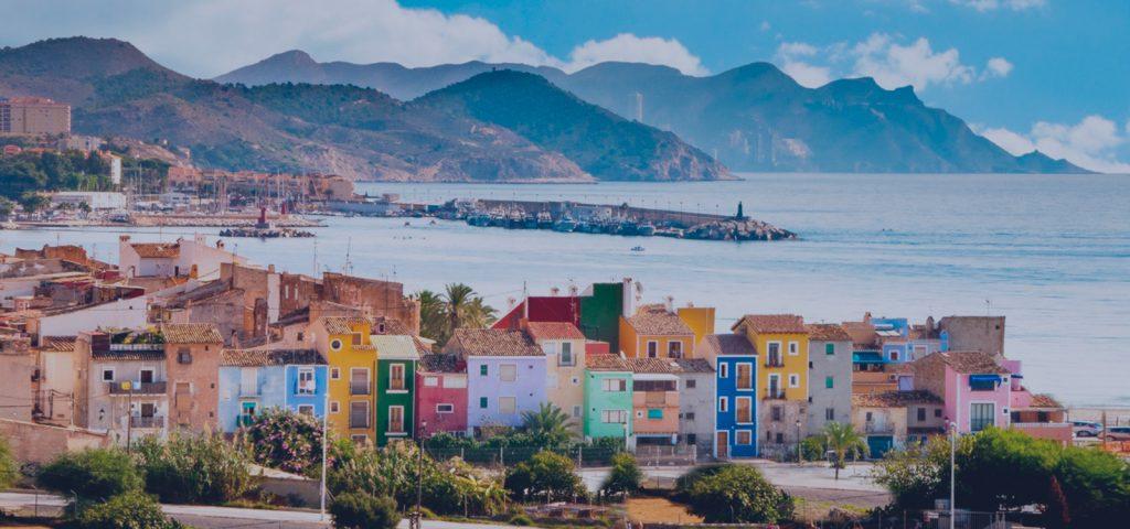 Villajoyosa: qué ver, qué hacer y por qué elegirla