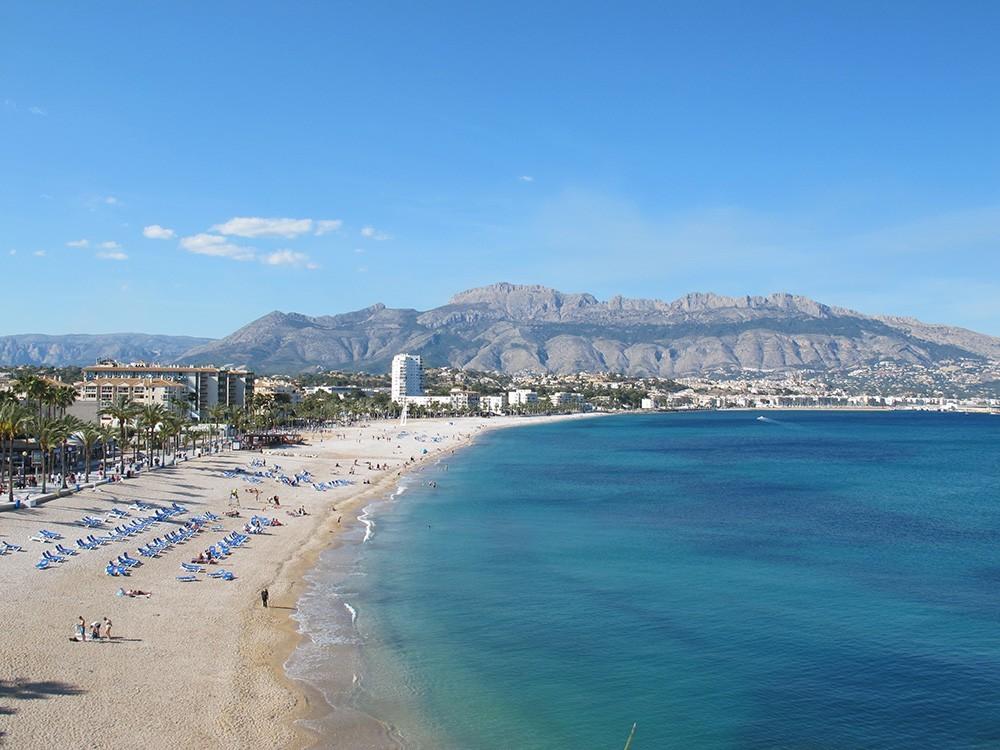 Альбир, Испания: обзор города. Достопримечательности, пляжи и жилье в Альбире