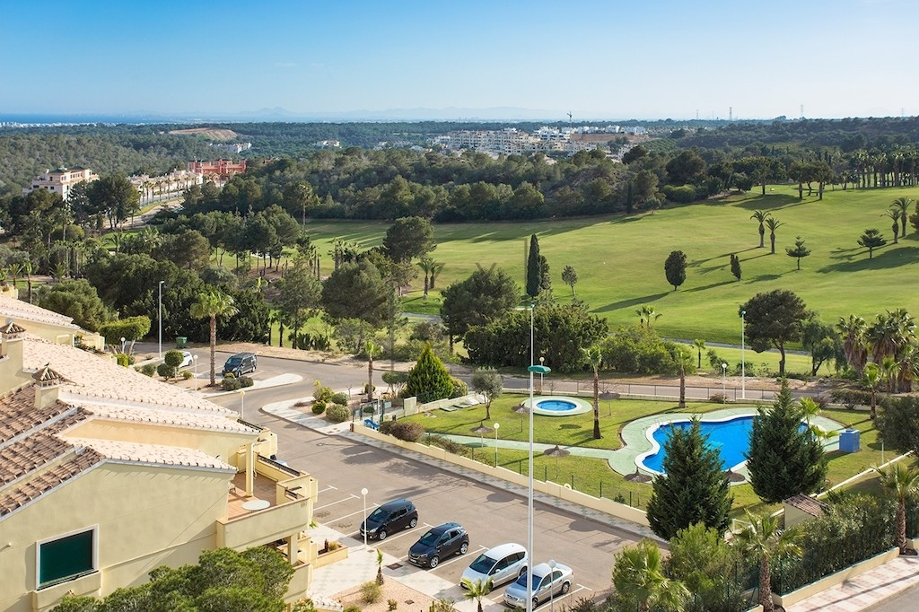 Campoamor, Spain: area and real estate reviews