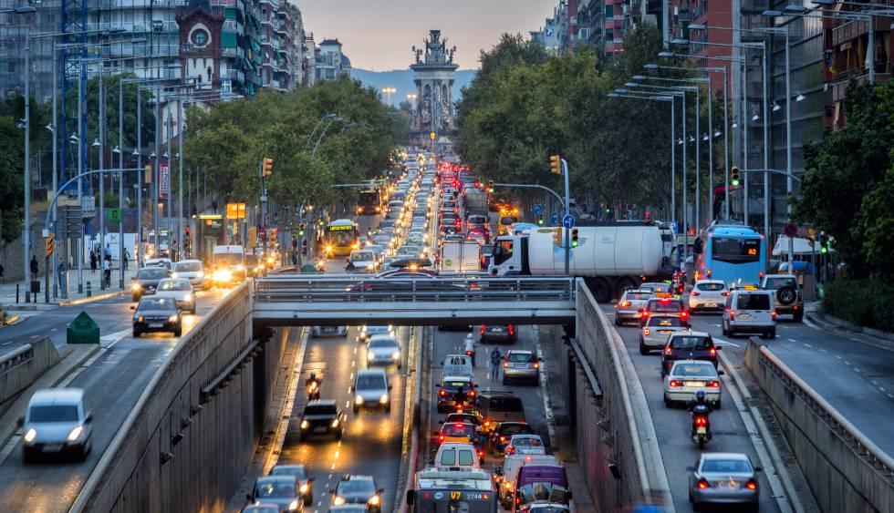 Перевозка автомобиля в Испанию из России