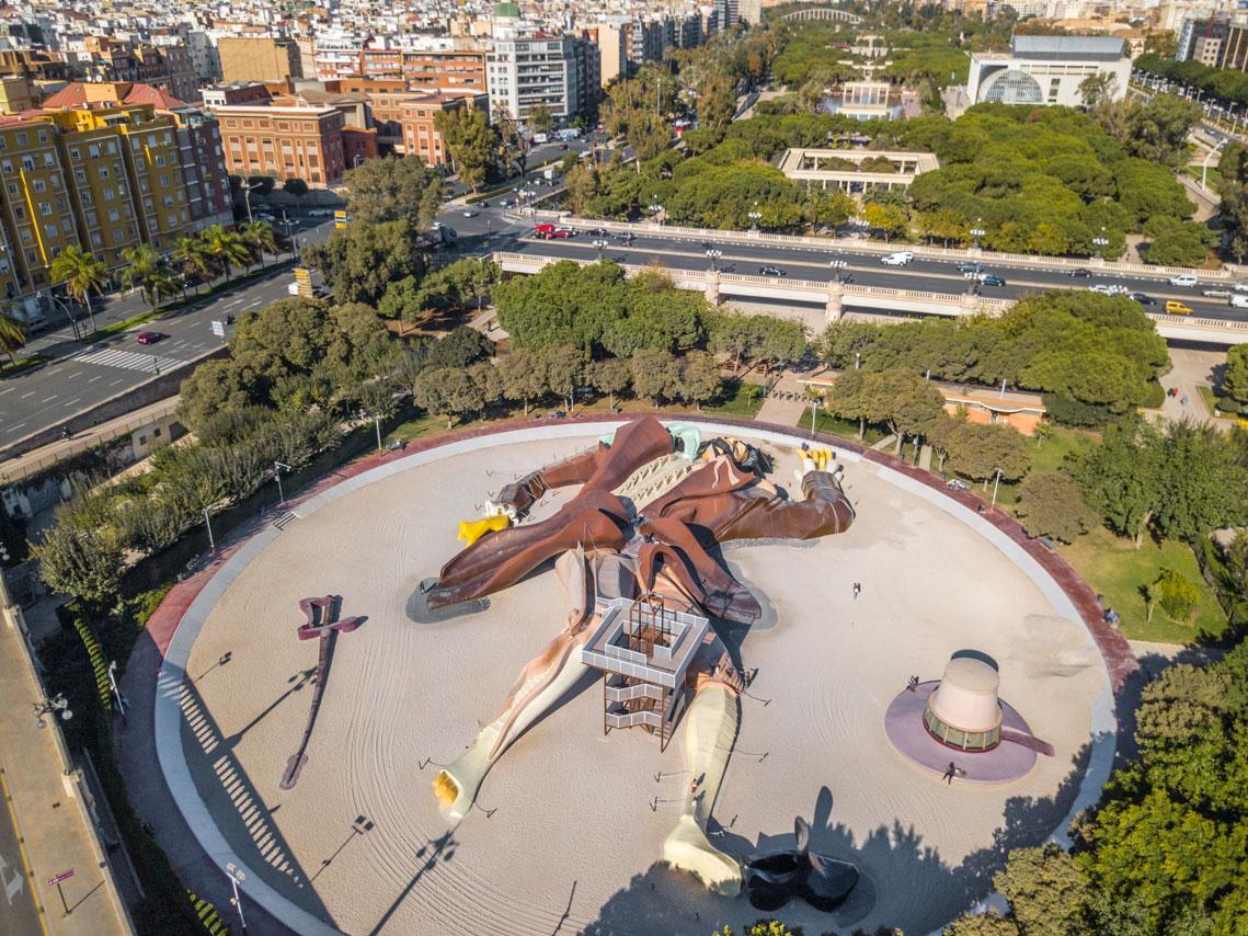 The New York Times рекомендует туристам выбрать Валенсию вместо Барселоны