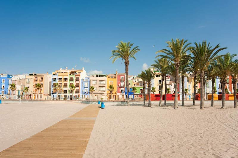 How to move to Spain from UK