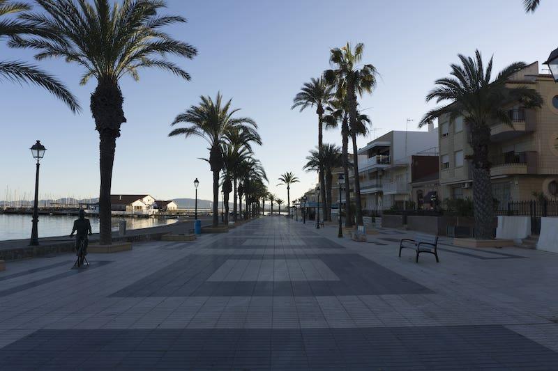 Лос-Алькасарес: тихая гавань на берегу Малого моря