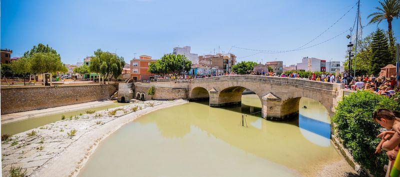 Рохалес, Испания: знакомство с городом