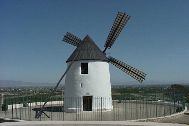 Рохалес, Испания: знакомство с город